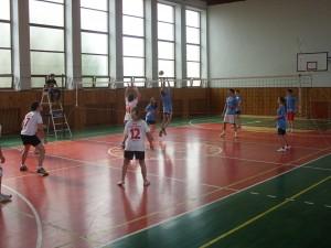 Koncoročný volejbalový turnaj zmiešaných druž o pohár riad 2013 020