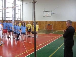 Koncoročný volejbalový turnaj zmiešaných druž o pohár riad 2013 054
