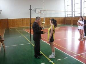 Koncoročný volejbalový turnaj zmiešaných druž o pohár riad 2013 058