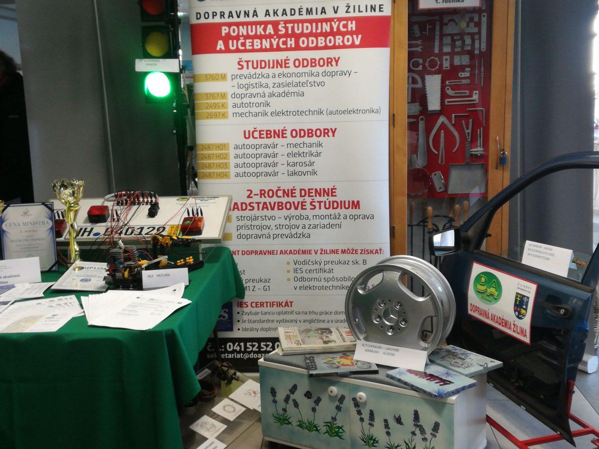 Výstava výrobkov stredných odborných škôl 2018