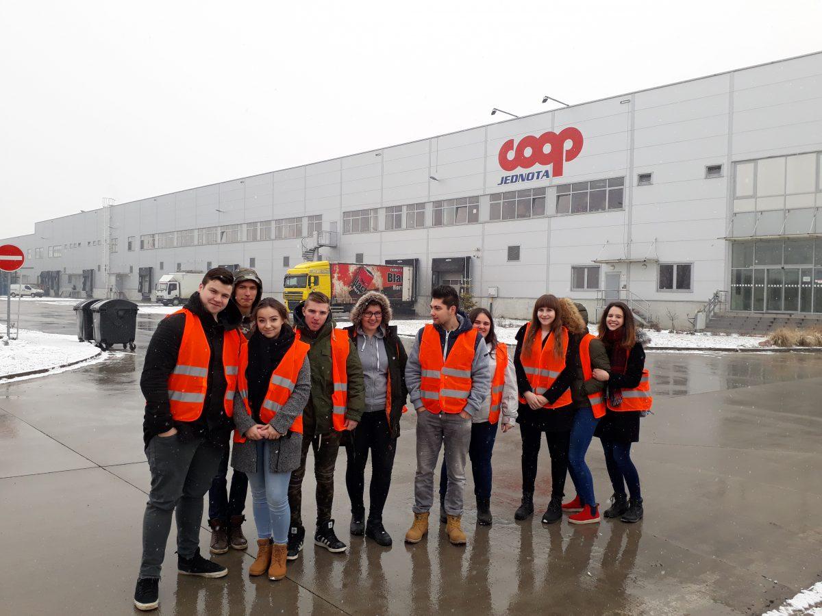 Odborná exkurzia v COOP Jednote – Logistickom centre, a. s.