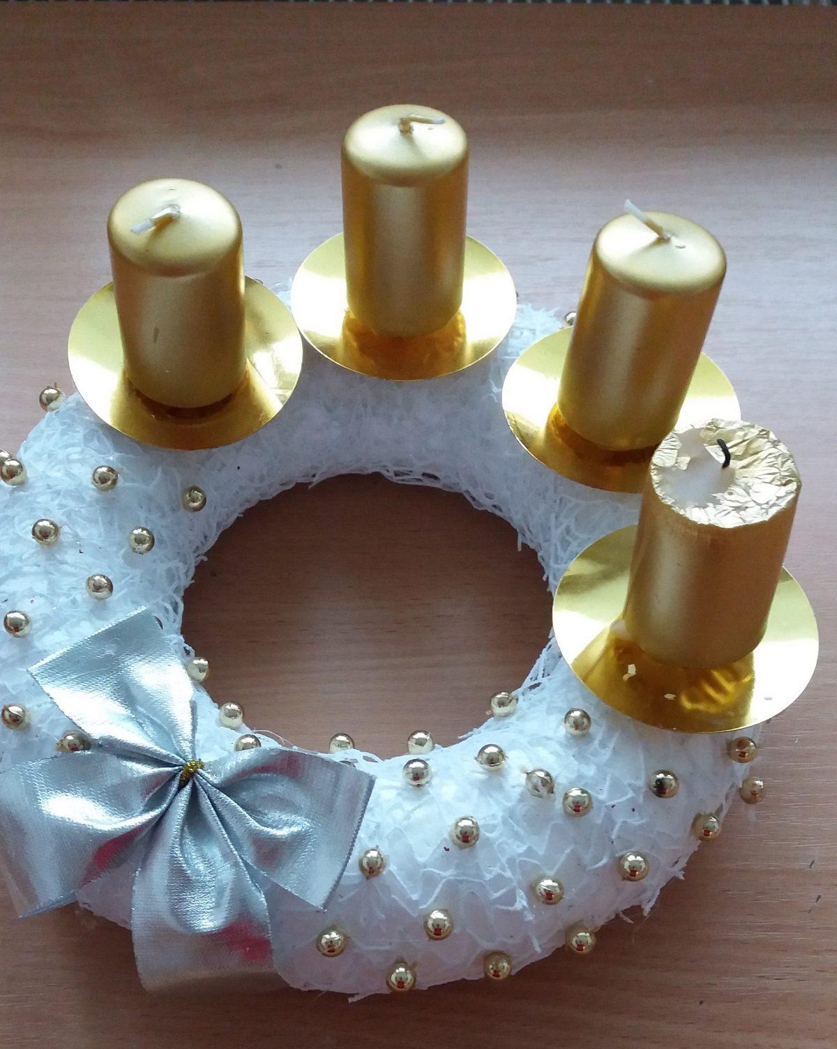 Predvianočný čas v ŠI  (Advent, vianočná výzdoba, Mikuláš, vianočné stretnutie)