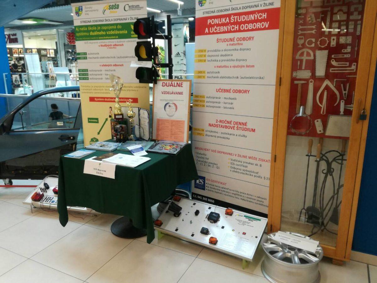 Výstava výrobkov stredných odborných škôl 2019