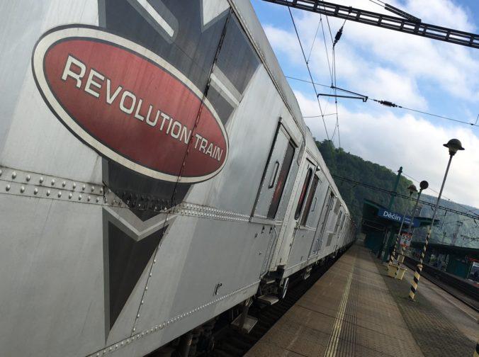 Revolution Train